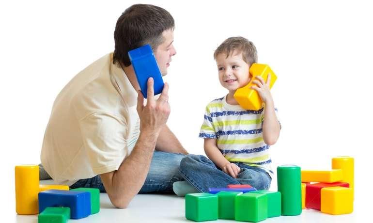 Come comunicare in maniera efficace con i bambini? Risponde la pedagogista