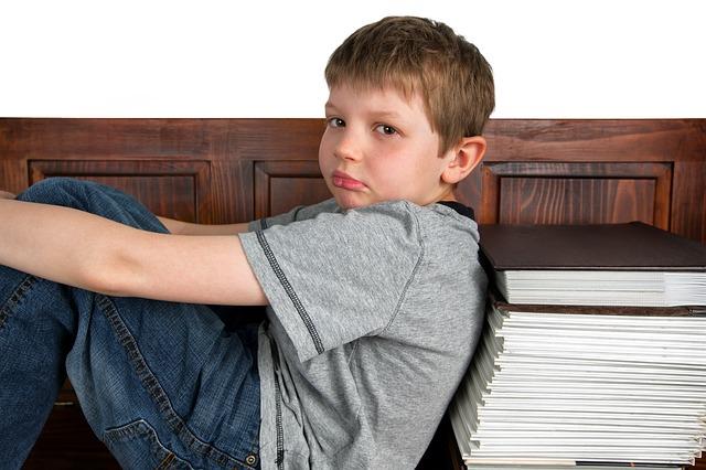 Come aiutare i bambini a fare i compiti e a studiare